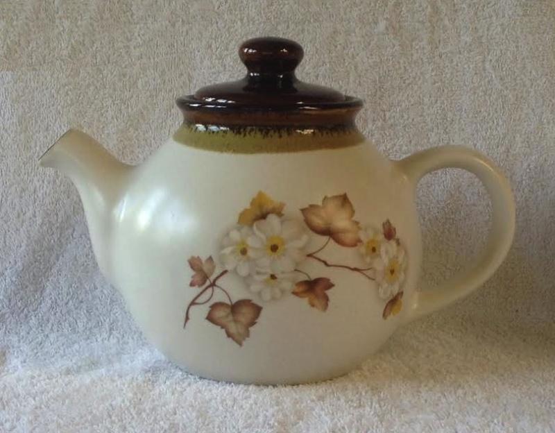 Kermiko (Clematis?) Tea & Coffee Tea10