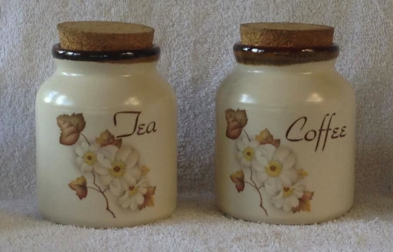 Kermiko (Clematis?) Tea & Coffee Teaand10