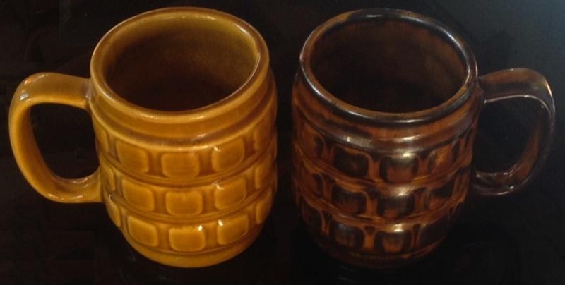 Different Glazes on Crown Lynn Four Digit Mugs (titianware etc) Tortoi10