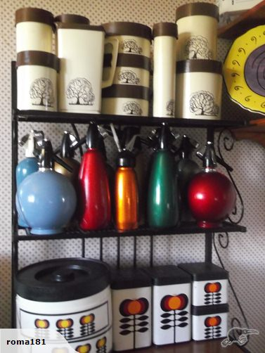kitchen containers and an ELEPHANT Tradem10