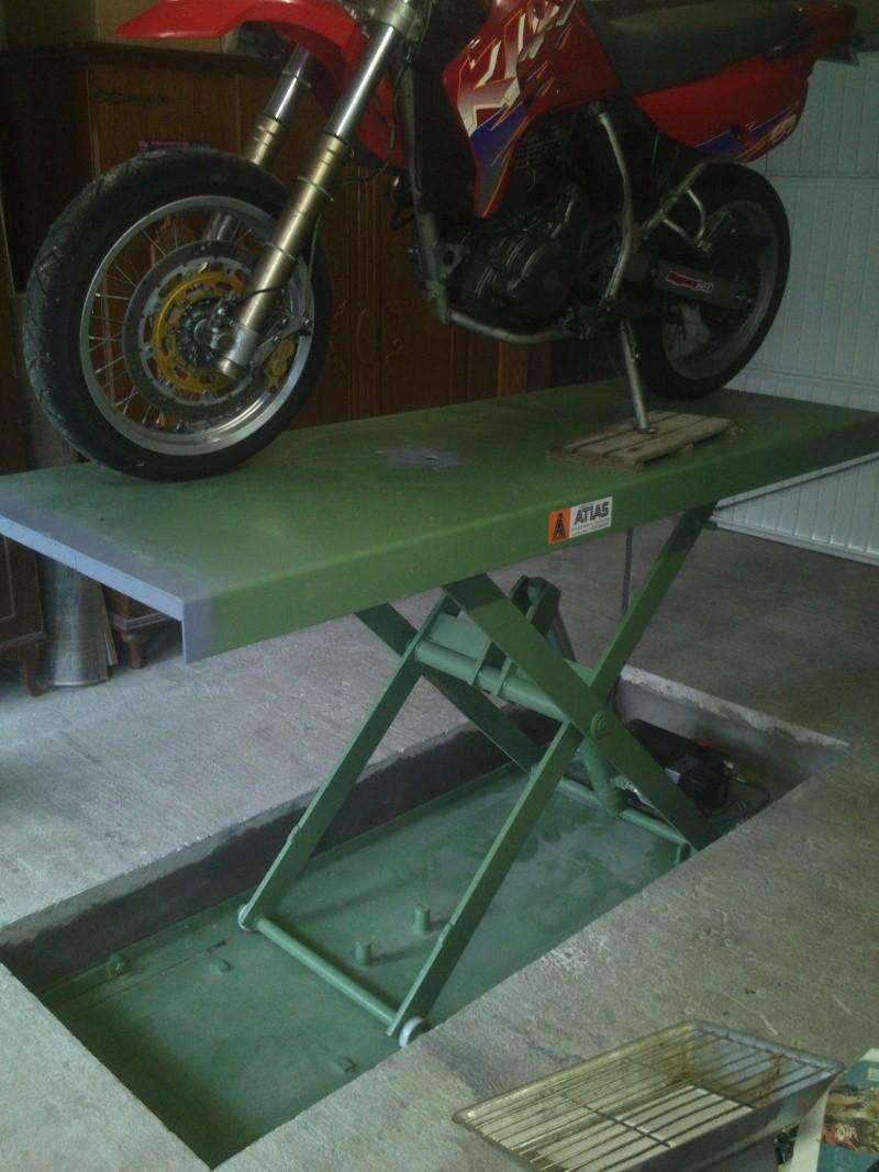 table elevatrice , comment êtes vous équipé pour bosser Dsc_0819