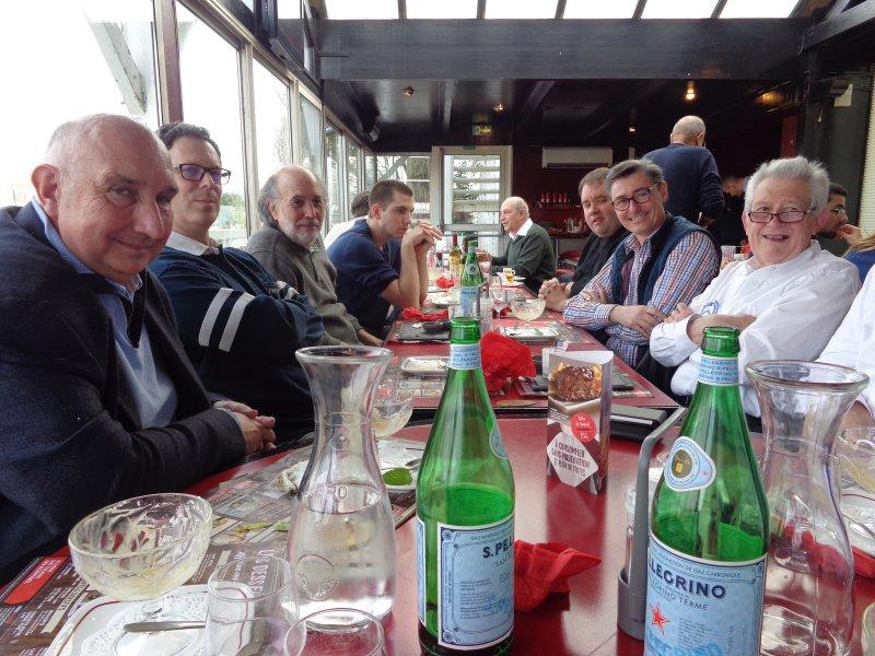 [CMBF Youngtimers] 3ème rencontre 2017 au MB Center de Rueil-Malmaison le sam 11 mars - Page 2 Img_1043