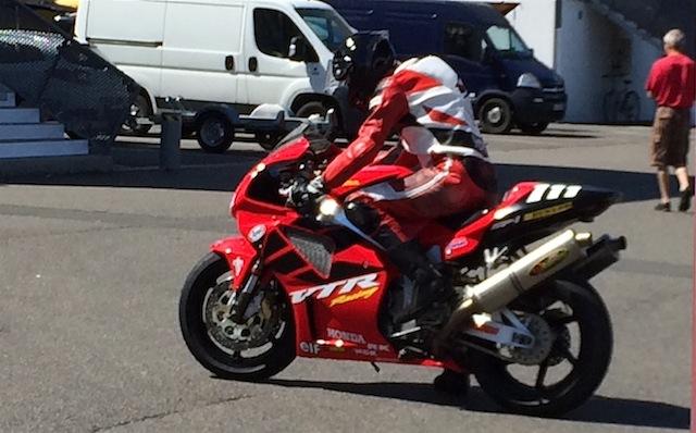 Motodays à Magny Cours 2017  Img_5326