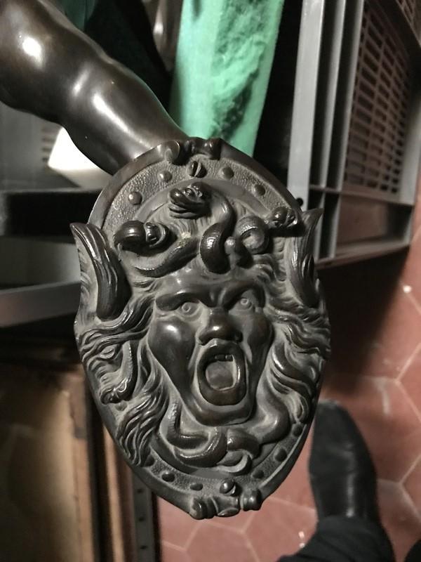 gorgone - Les gorgones, monstres mythologiques Img_0217