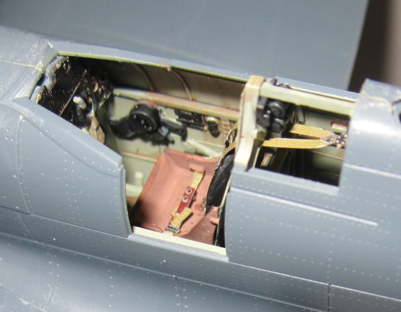 Spitfire MK IX Eduard 1/48 Pit-0011