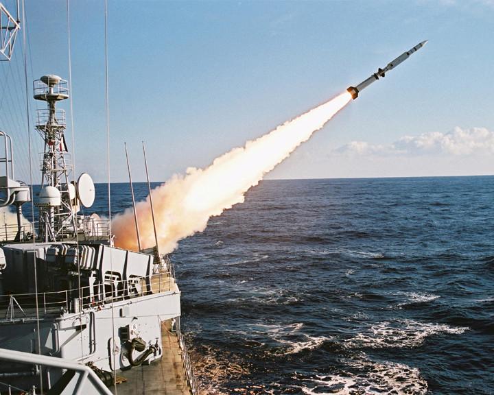 [ Les armements dans la Marine ] Les tirs en tous genres du missiles aux grenades via les mitrailleuses Tir_ma10