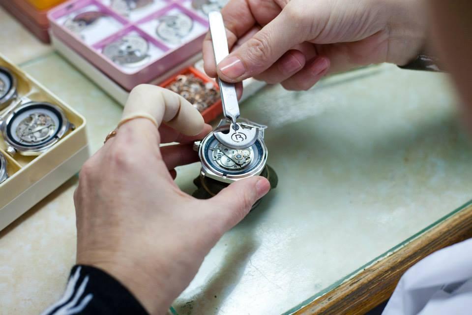 Photos des usines de montres Russes 15092310