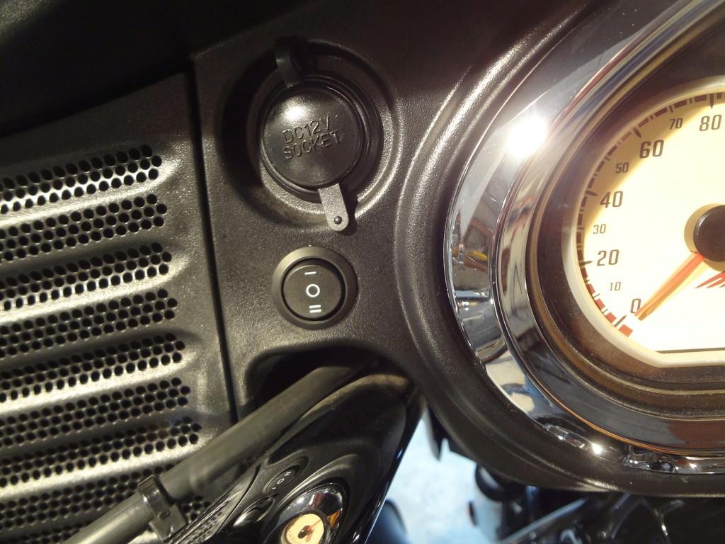 Ajouter des phares à LED sur les pare-cylindres ? Dsc08116