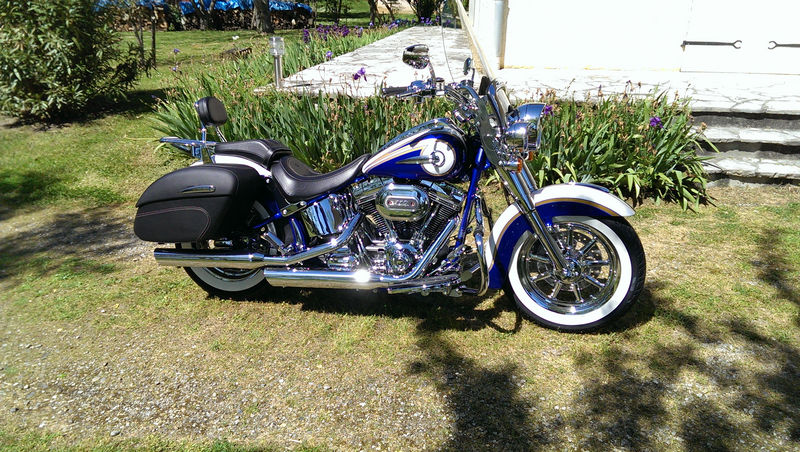 CVO Softail Deluxe 2014 Candy Cobalt: the Blue Diamond - Page 2 L_imag46