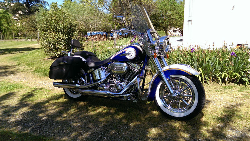 CVO Softail Deluxe 2014 Candy Cobalt: the Blue Diamond - Page 2 L_imag47