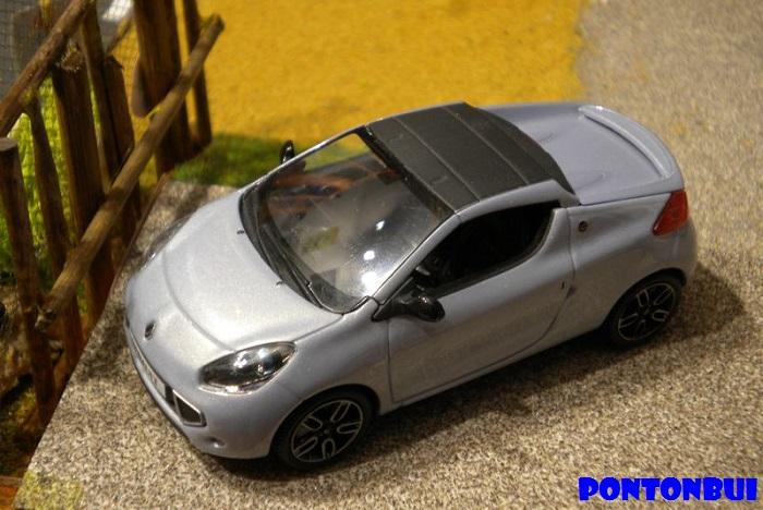 * 01 - Renault ( Les modernes post-1990 )  Dscn6517