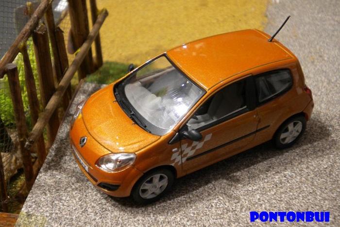 * 01 - Renault ( Les modernes post-1990 )  Dscn6521