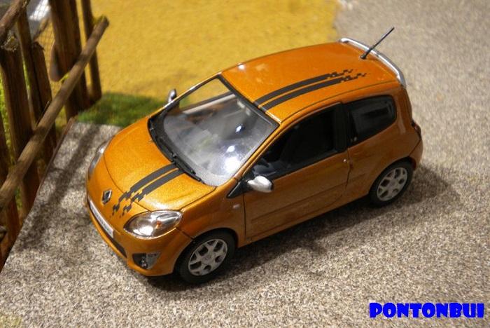 * 01 - Renault ( Les modernes post-1990 )  Dscn6522