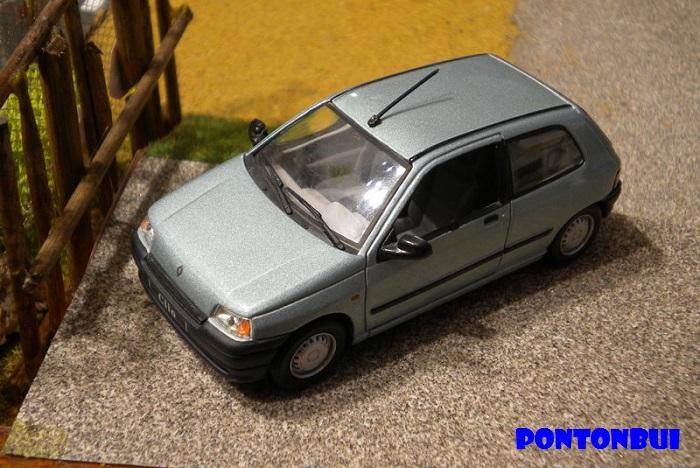 * 01 - Renault ( Les modernes post-1990 )  Dscn6526