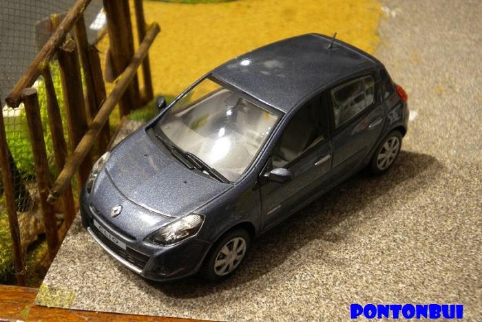 * 01 - Renault ( Les modernes post-1990 )  Dscn6532