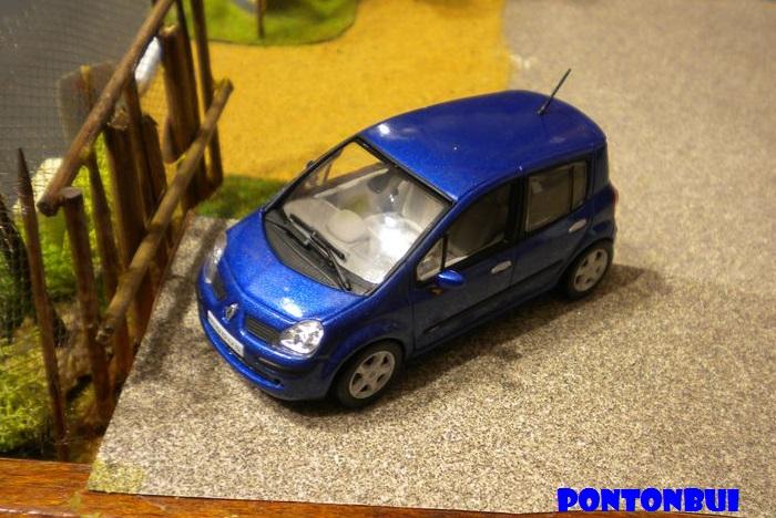 * 01 - Renault ( Les modernes post-1990 )  Dscn6534