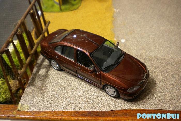 * 01 - Renault ( Les modernes post-1990 )  Dscn6535
