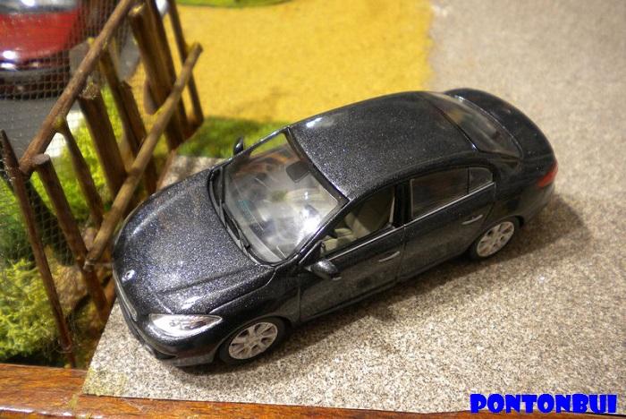 * 01 - Renault ( Les modernes post-1990 )  Dscn6541