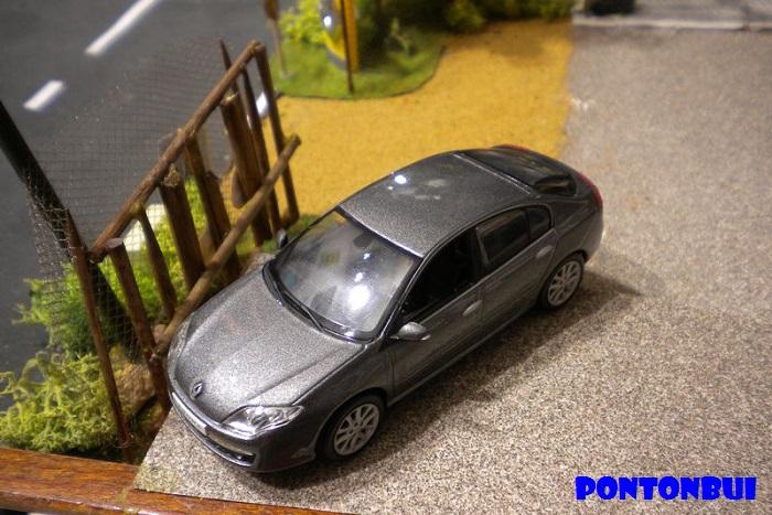* 01 - Renault ( Les modernes post-1990 )  Dscn6543