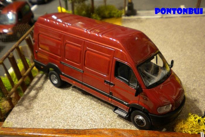 * 01 - Renault ( Les modernes post-1990 )  Dscn6569