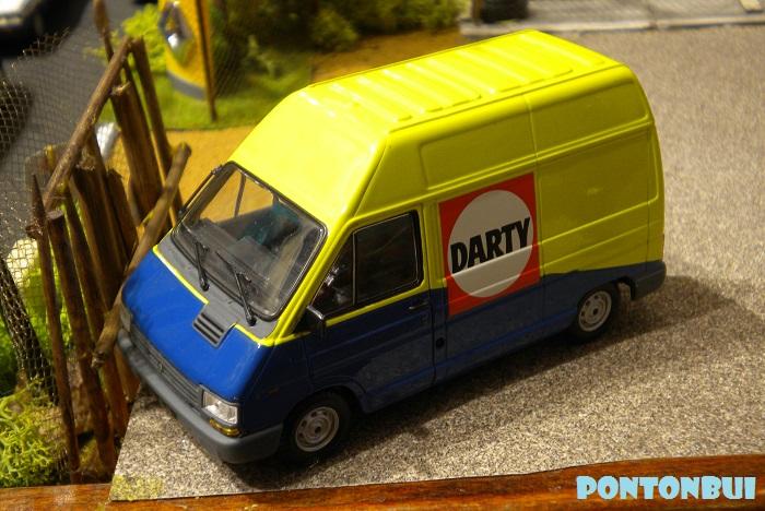 * 01 - Renault ( Les modernes post-1990 )  Dscn6615