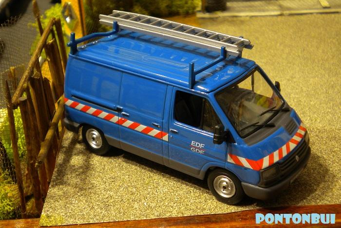 * 01 - Renault ( Les modernes post-1990 )  Dscn6616