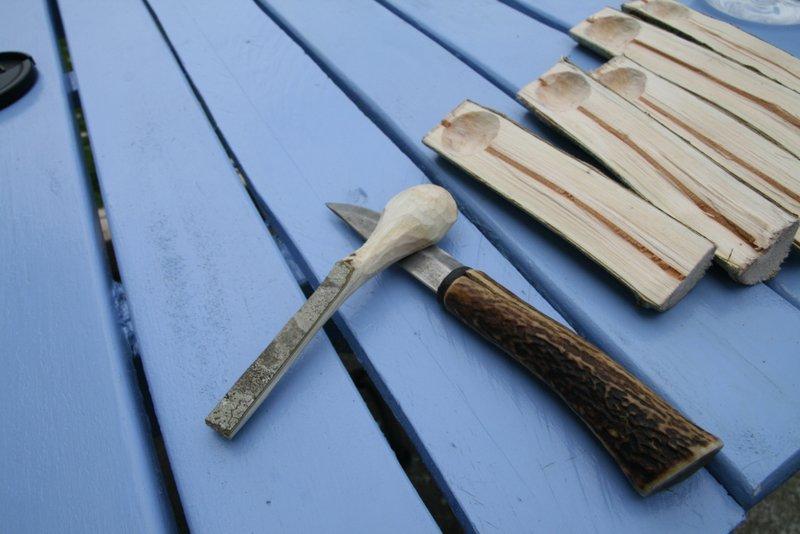[Sculpture] Cuillère basique en bois 00210