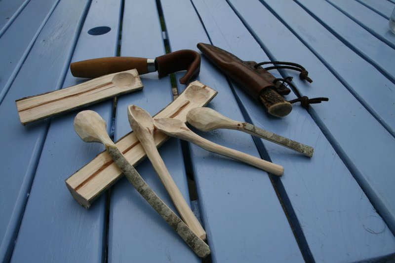 [Sculpture] Cuillère basique en bois 00410