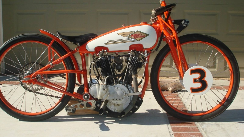 Les vieilles Harley....(ante 84) par Forum Passion-Harley - Page 3 1925_810