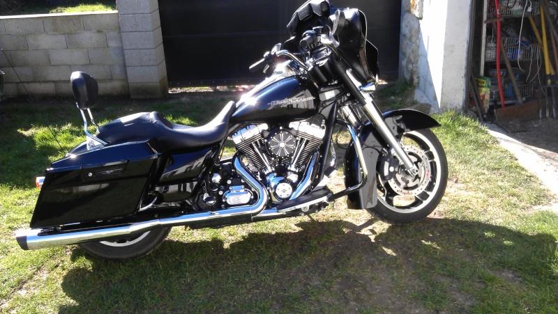 combien de STREET GLIDE  sur le forum Passion-Harley - Page 4 Imag0510