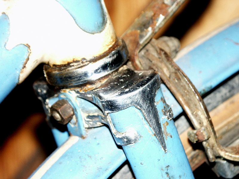 """ancien course fin des années 30 identifié comme """" cycles G perrinet"""" Inc111"""