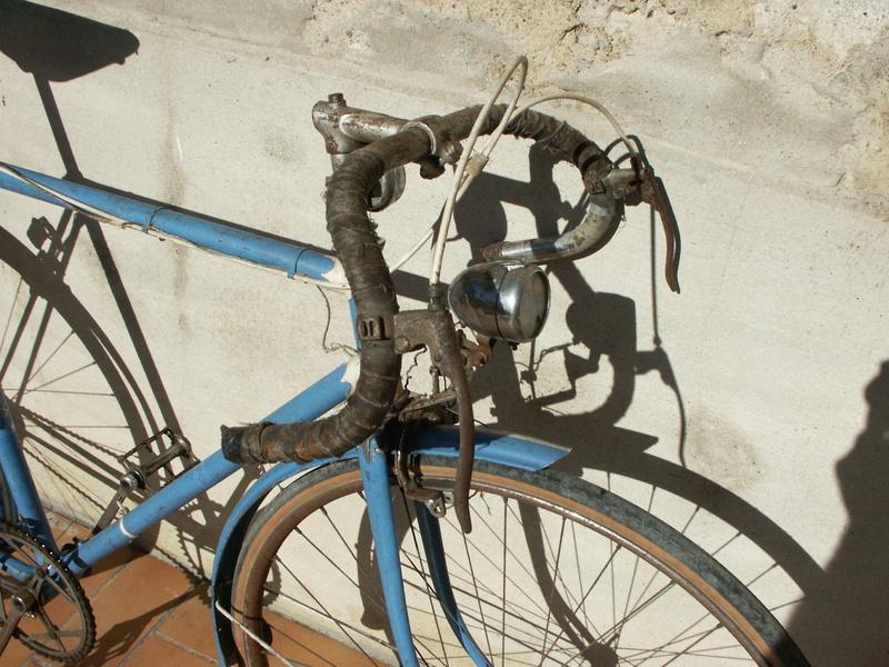 """ancien course fin des années 30 identifié comme """" cycles G perrinet"""" Pict0326"""