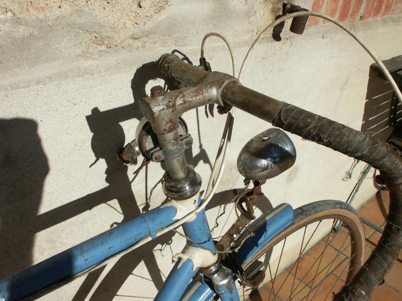 """ancien course fin des années 30 identifié comme """" cycles G perrinet"""" Pict0329"""