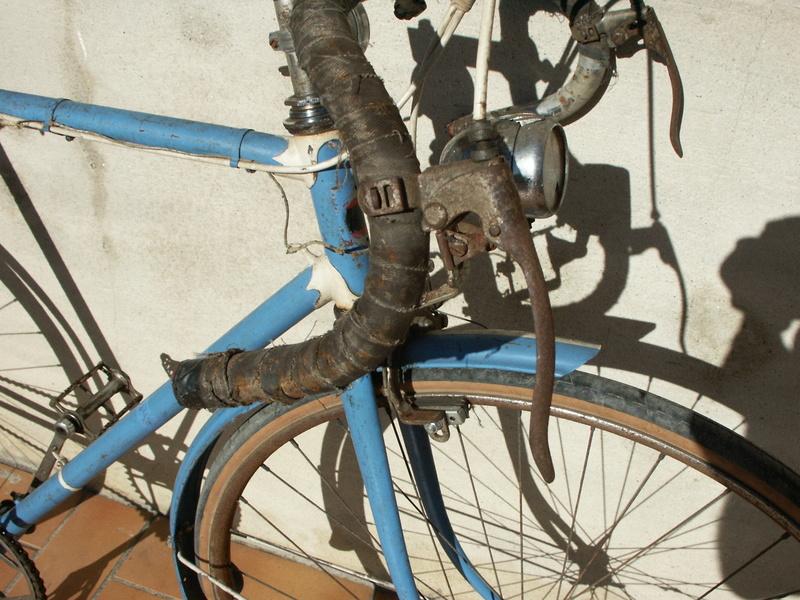 """ancien course fin des années 30 identifié comme """" cycles G perrinet"""" Pict0330"""