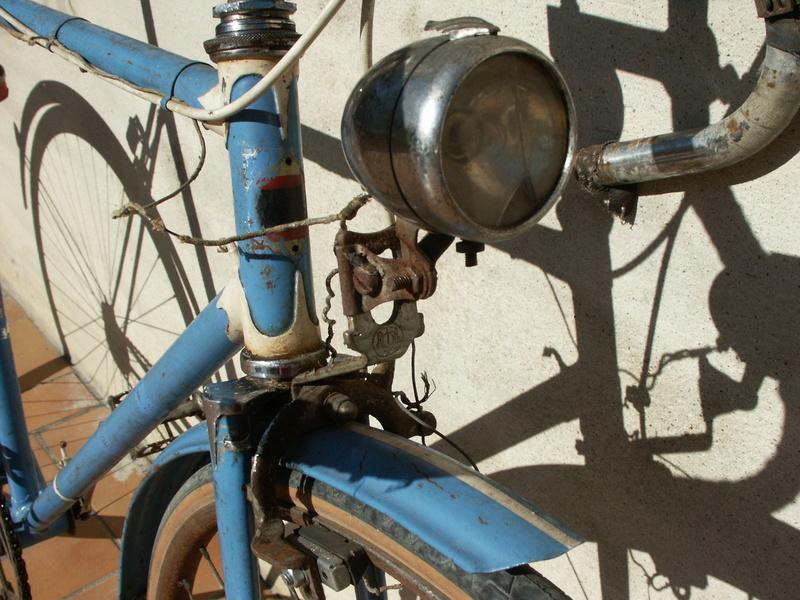"""ancien course fin des années 30 identifié comme """" cycles G perrinet"""" Pict0331"""