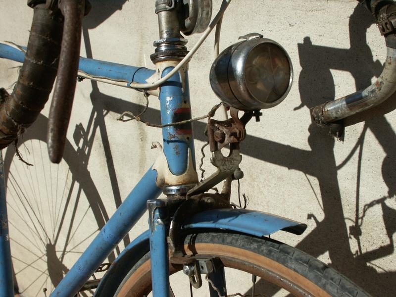 """ancien course fin des années 30 identifié comme """" cycles G perrinet"""" Pict0332"""
