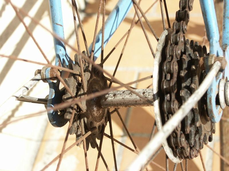 """ancien course fin des années 30 identifié comme """" cycles G perrinet"""" Pict0337"""