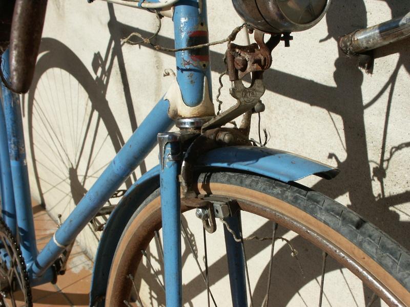 """ancien course fin des années 30 identifié comme """" cycles G perrinet"""" Pict0339"""