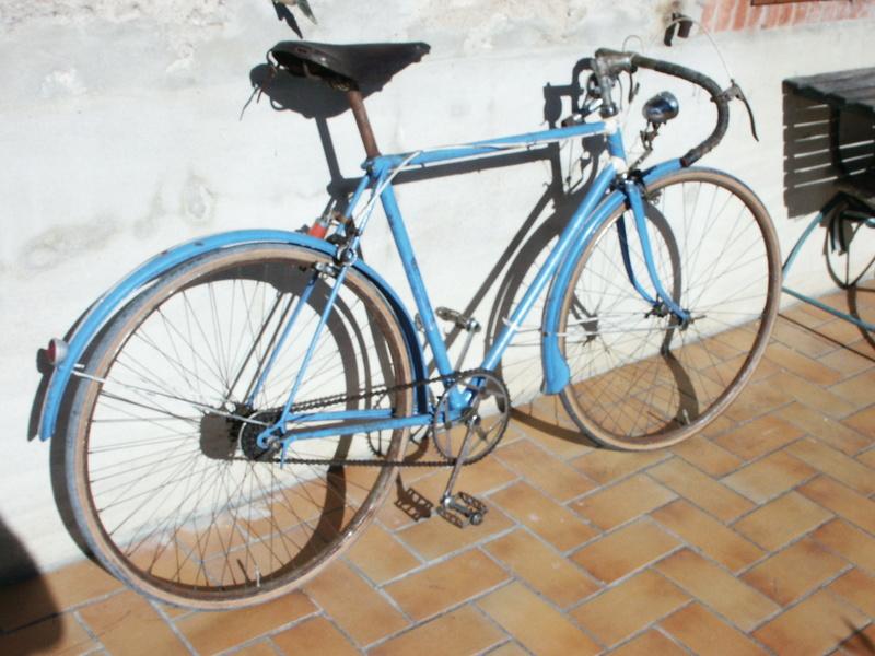 """ancien course fin des années 30 identifié comme """" cycles G perrinet"""" Pict0342"""