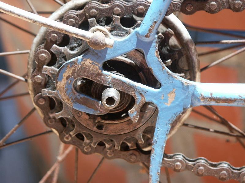 """ancien course fin des années 30 identifié comme """" cycles G perrinet"""" Pict0343"""