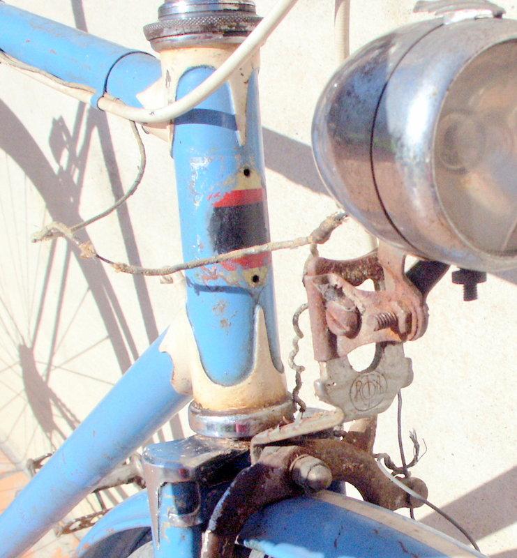"""ancien course fin des années 30 identifié comme """" cycles G perrinet"""" Pict0349"""