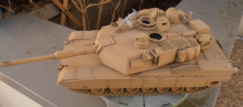 peinture - M1a1 Abrams ( la peinture ) - Page 2 P2091010