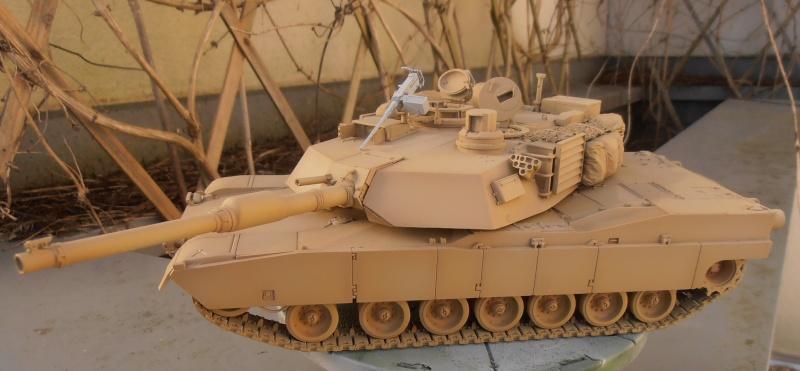 peinture - M1a1 Abrams ( la peinture ) - Page 2 P2091013