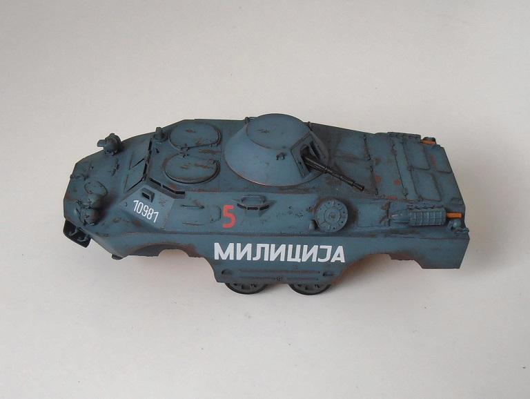 BRDM 2 serbe police militaire (Verlinden au 1/35eme) - Page 2 P2200810
