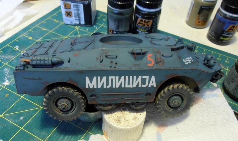 BRDM 2 serbe police militaire ( verlinden au 1/35eme ) P2210818