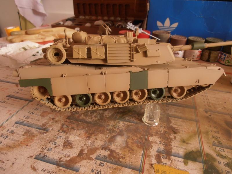 peinture - M1a1 Abrams ( la peinture ) - Page 2 P2221216