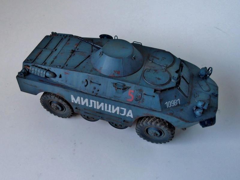 BRDM 2 serbe police militaire ( verlinden au 1/35eme ) P3020917