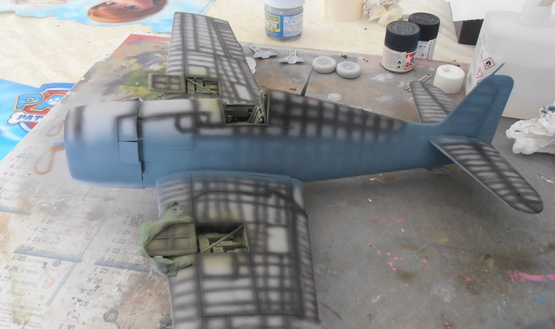 GRUMMAN F6F-5 Hellcat (Hasegawa 1/32eme) - Page 2 P3131110