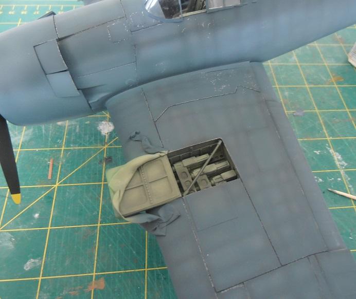 GRUMMAN F6F-5 Hellcat (Hasegawa 1/32eme) - Page 2 P3131214