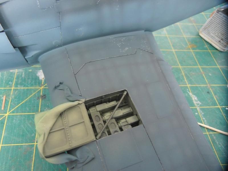 GRUMMAN F6F-5 Hellcat (Hasegawa 1/32eme) - Page 2 P3131217